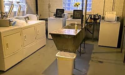 Kitchen, 4915 W Belle Plaine Ave, 2