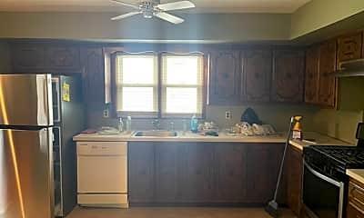 Kitchen, 7001 Amboy Rd, 0