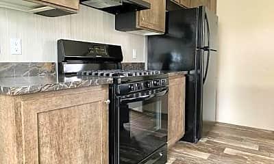 Kitchen, 450 Warbler Ln 450, 1