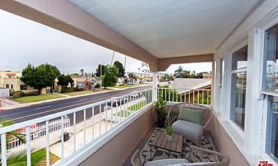 Patio / Deck, 4245 Arlington Ave, 1