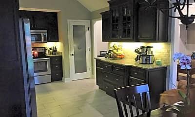 Kitchen, 3960 Glen Laurel Dr S, 1
