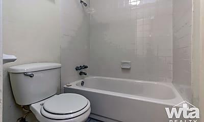 Bathroom, 2601 Penny Ln, 2