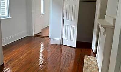 Bedroom, 325 S Rendon St, 2