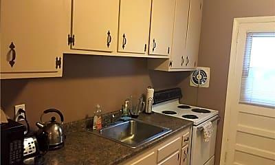 Kitchen, 51 Cross St 2C, 2
