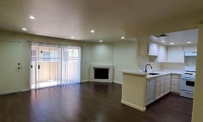 Living Room, 13012 Riverside Dr, 0