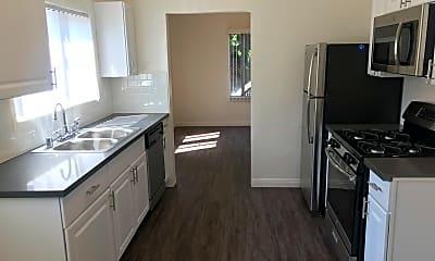 Kitchen, 321 S Verdugo Rd, 0