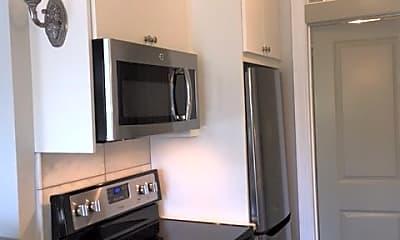 Kitchen, 88 Charles St, 2
