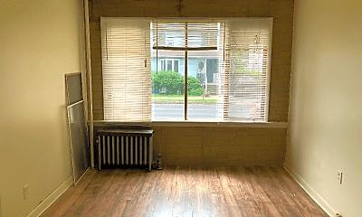 Living Room, 60 N Landon Ave, 1