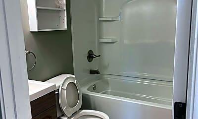 Bathroom, 911 Georgian Dr, 2
