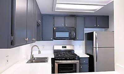 Kitchen, 1090 Newport Ave, 1