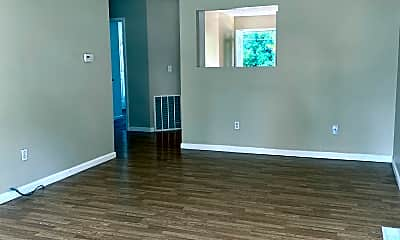 Living Room, 3689 Martin Dr, 0