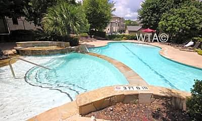 Pool, 7575 Callaghan Rd, 1