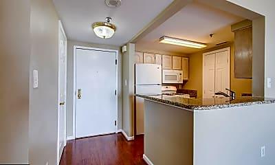 Kitchen, 4808 Moorland Ln 1004, 1