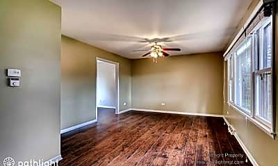 Living Room, 5S370 Radcliff Rd, 1