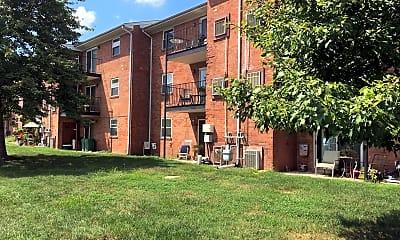 Deer Park Apartments, 2