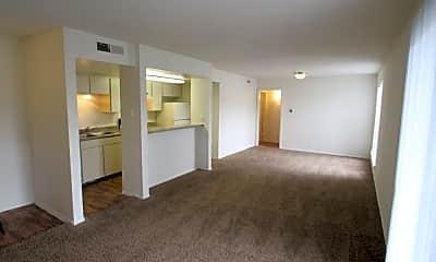 Living Room, 6466 Ridgecrest Rd, 2