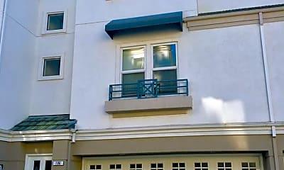 Building, 460 Navaro Way, 0