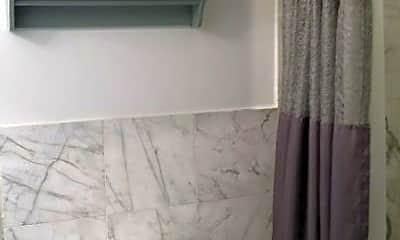 Bathroom, 547 W 147th St, 2