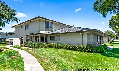 Building, 34836 Starling Drive, #3, 0