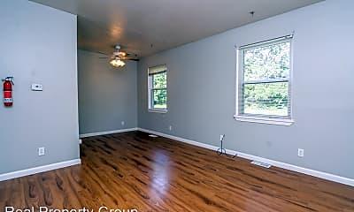 Living Room, 804 Hunt Ave, 1