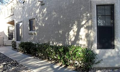Building, 13824 N Kendall Dr, 1