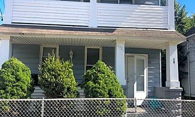 Building, 1043 E 68th St, 0