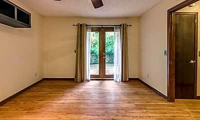 Bedroom, 421 S Flood Ave, 2