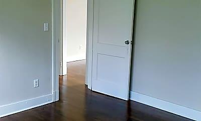 Bedroom, 904 Morningside St, 1