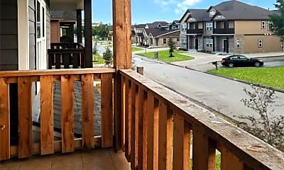 Patio / Deck, 908 Montclair Ave, 2