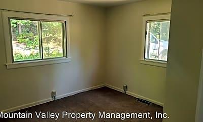Bedroom, 13625 Wheeler Acres Rd, 2