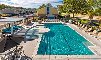 Pool, The Amber at Greenbrier, 1