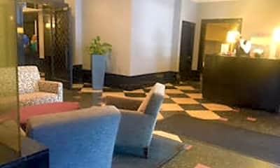 Living Room, 111 W Maple St 1605, 1