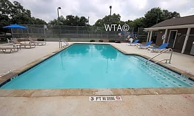 Pool, 3200 Thousand Oaks, 2