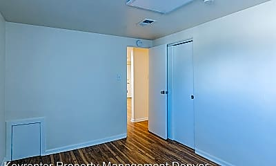 Bedroom, 620 W 1st Ave, 2