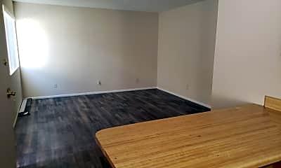 Living Room, 2690 McCulloch Blvd N, 1