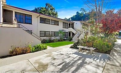 Building, 150 Monterey Rd, 1