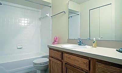 Bathroom, Mallard Cove, 2
