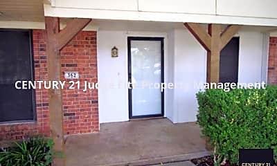 Front Porch, 362 Linkcrest Drive, 1