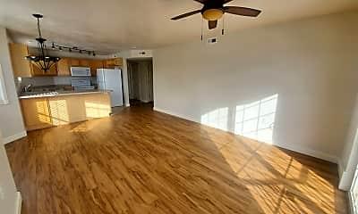 Living Room, 160 Daybreak Ln, 1