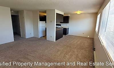 Living Room, 1061 SW Washington Ave, 1