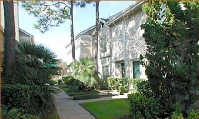 Woodway Garden Townhomes, 1