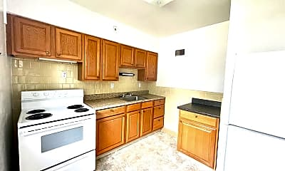 Kitchen, 7004 Jamieson Ave, 1