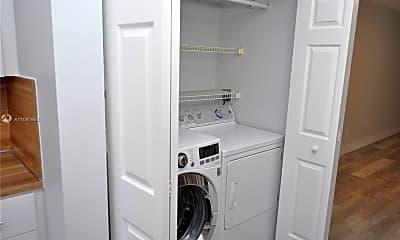Bathroom, 13492 SW 38th Ln, 1