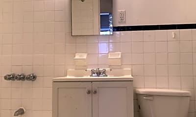 Bathroom, 130 E 61st St, 2