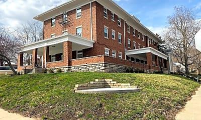 Building, 112 E Franklin St, 0