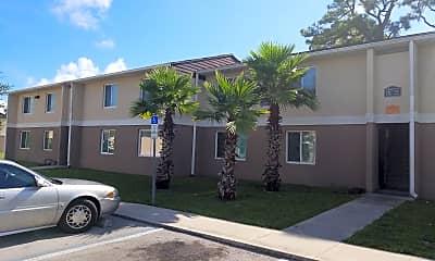 Pine Creek Village Apartments, 0