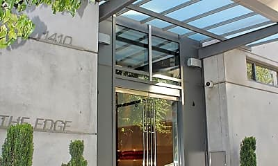 Building, 1410 NW Kearney St, 1