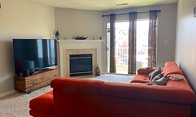 Living Room, 8941 Town Center Cir, 0