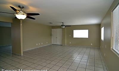 Living Room, 4611 S Calle Jon, 1