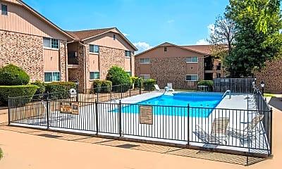 Pool, Pinewood Village, 2